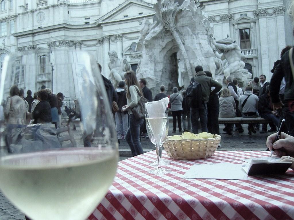 Rome, piazza Navona dans à boire Rome-B1-0401