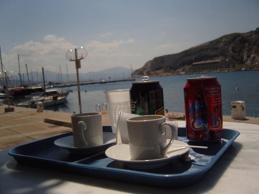 Marseille, le Frioul dans à boire pluie-et-Marseille-070