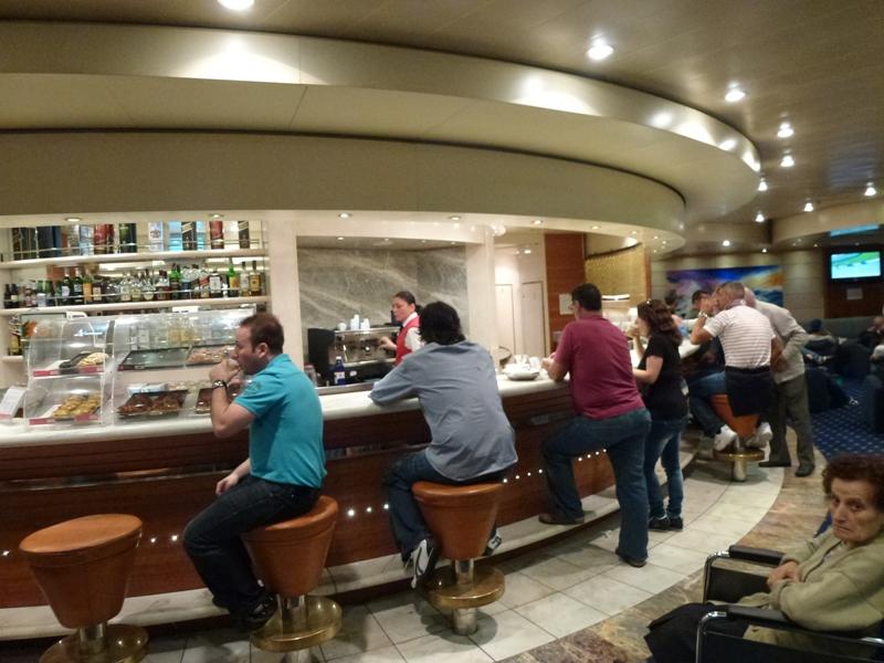 Entre Palerme et Gênes dans bars le-bar-de-la-Suprema