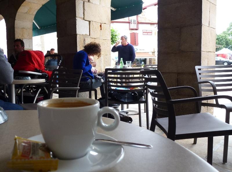 Sare, Sara en basque dans cafés sare