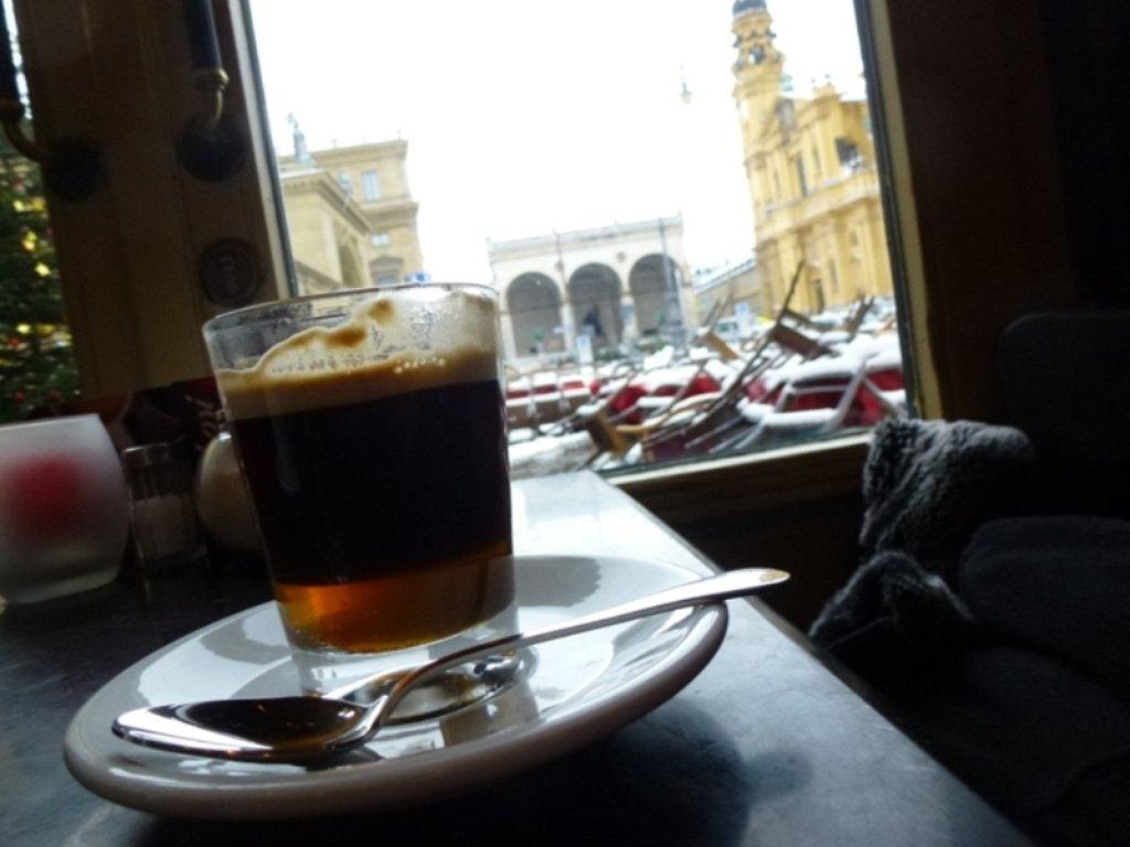 Münich café Tamposi